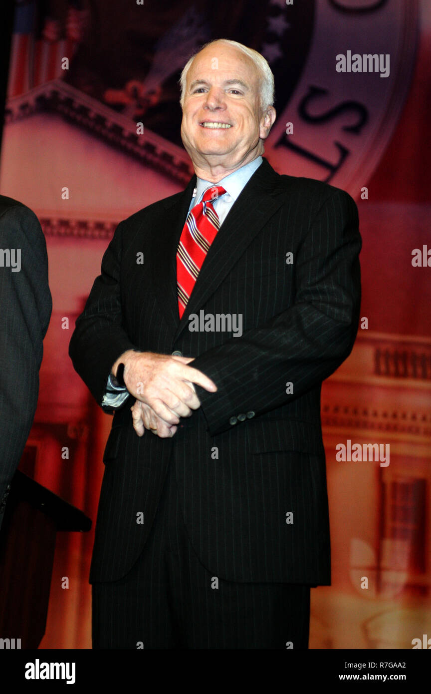 Republican Presidential candidate, Senator John McCain, participates in the Republican Presidential Forum at the BankUnited Center in Coral Gables, Florida on December 9, 2007. Stock Photo