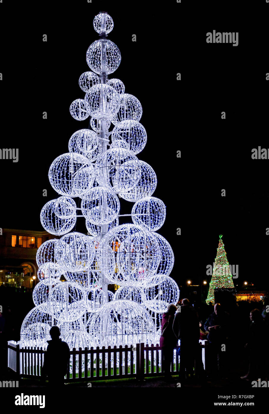 Huge Outdoor Illuminated Christmas Tree Made If White Balls