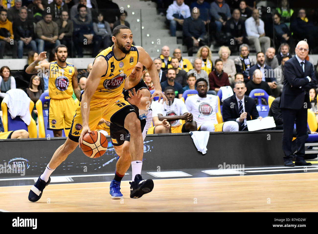 Turin, Italy. 8th Dec 2018. Darington Hobson (Auxilium Fiat Torino) during the LEGA BASKET SERIE A 2018/19 basketball match between FIAT AUXILIUM TORINO vs DOLOMITI TRENTO at PalaVela on 8th Dicember, 2018 in Turin, Italy. Credit: FABIO PETROSINO/Alamy Live News - Stock Image