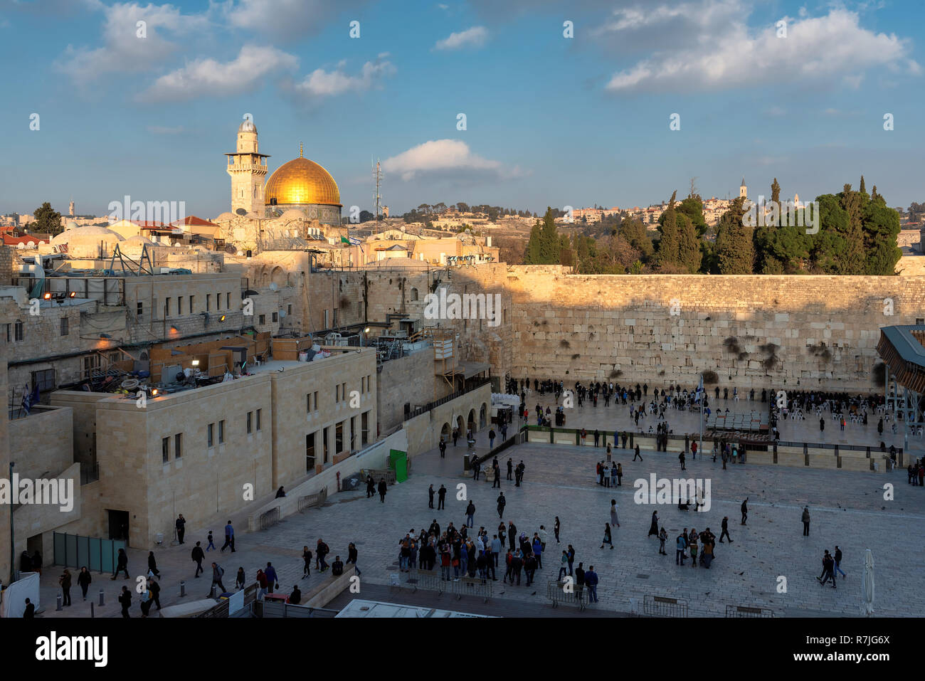Sunset view of Temple Mount and Western Wall in Jerusalem Old City, Israel. - Stock Image