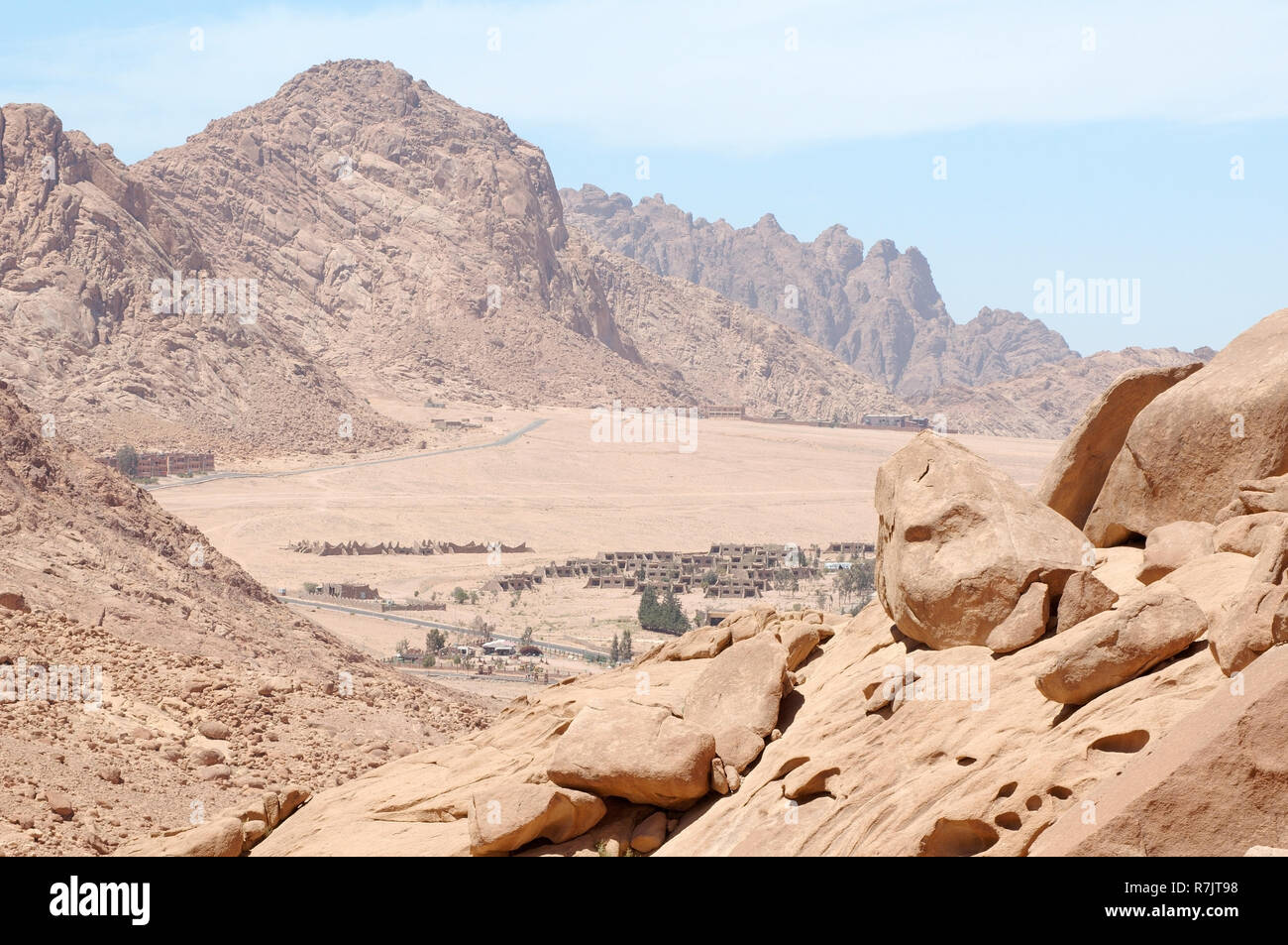 Sinai mountain range, Sinai Peninsula, South Sinai Governorate, Egypt - Stock Image