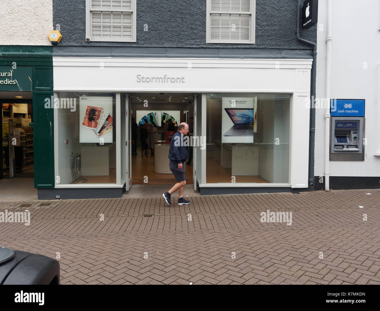 High Street Brands and shoppers Truro Cornwall, 2018  Robert Taylor/Alamy Live News. Truro, Cornwall, UK. - Stock Image