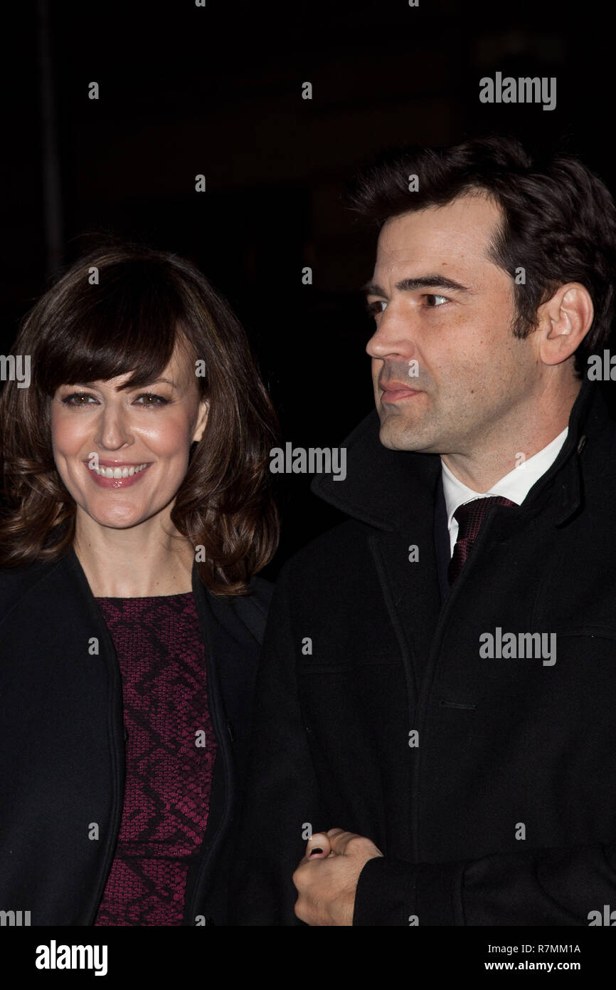 NEW YORK, NY - NOVEMBER 26: Rosemarie DeWitt and Ron Livingston attend the IFP's 22nd Annual Gotham Independent Film Awards at Cipriani Wall Street on - Stock Image