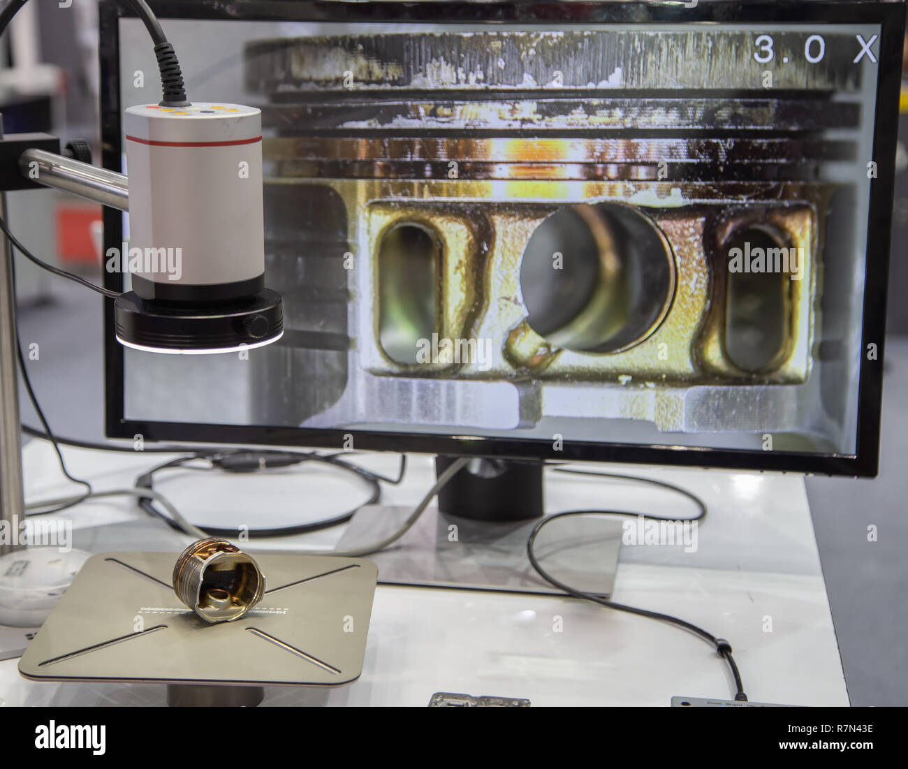 Surface roughness evaluation of engine cylinder by optical microscope - Stock Image