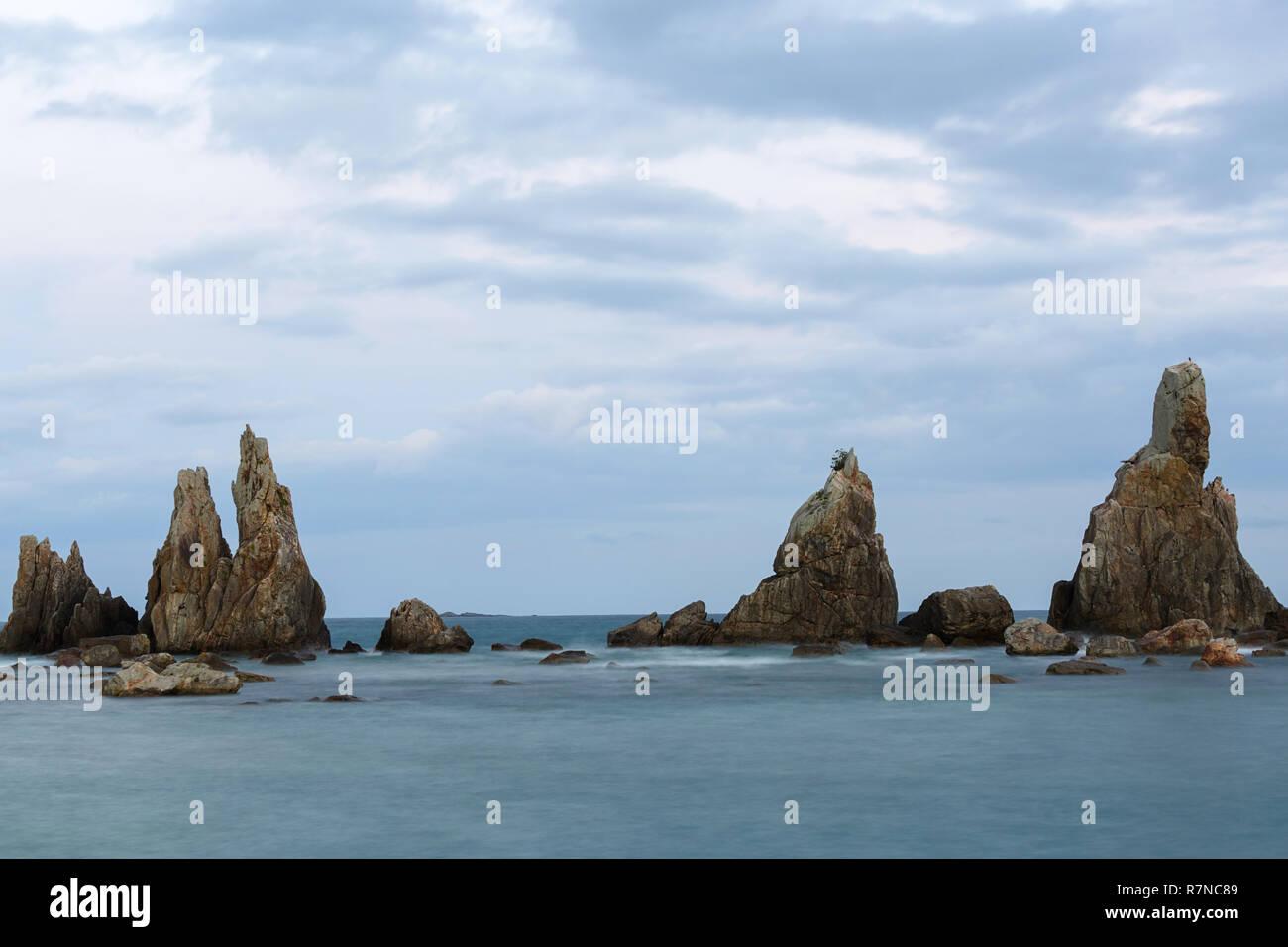 Dawn at Hashi-gui-iwa rocks coastline, Kushimoto, Wakayama Prefecture, Japan. - Stock Image