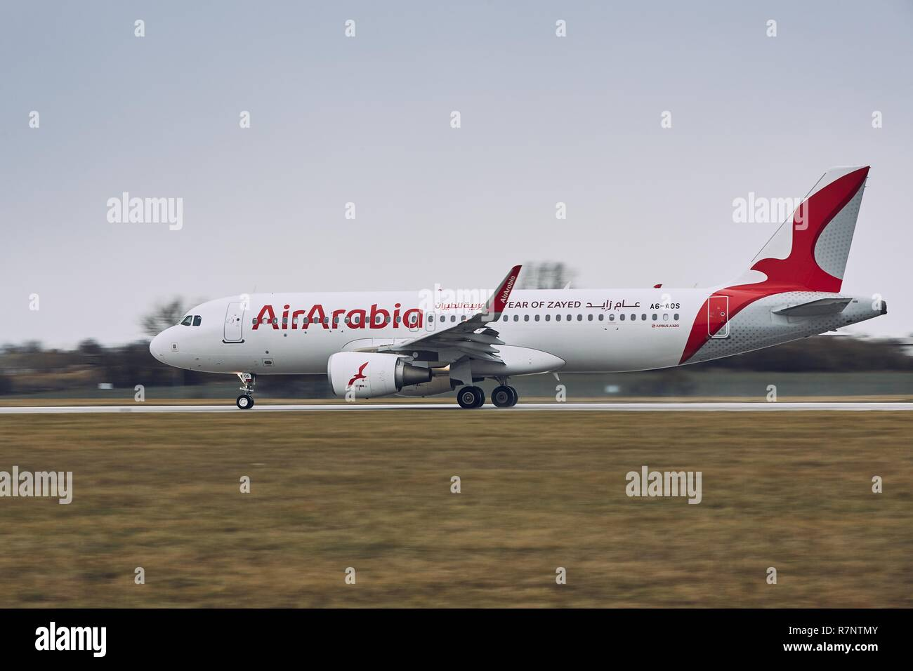 Airport sharjah stock photos airport sharjah stock images alamy - Air arabia sharjah office ...