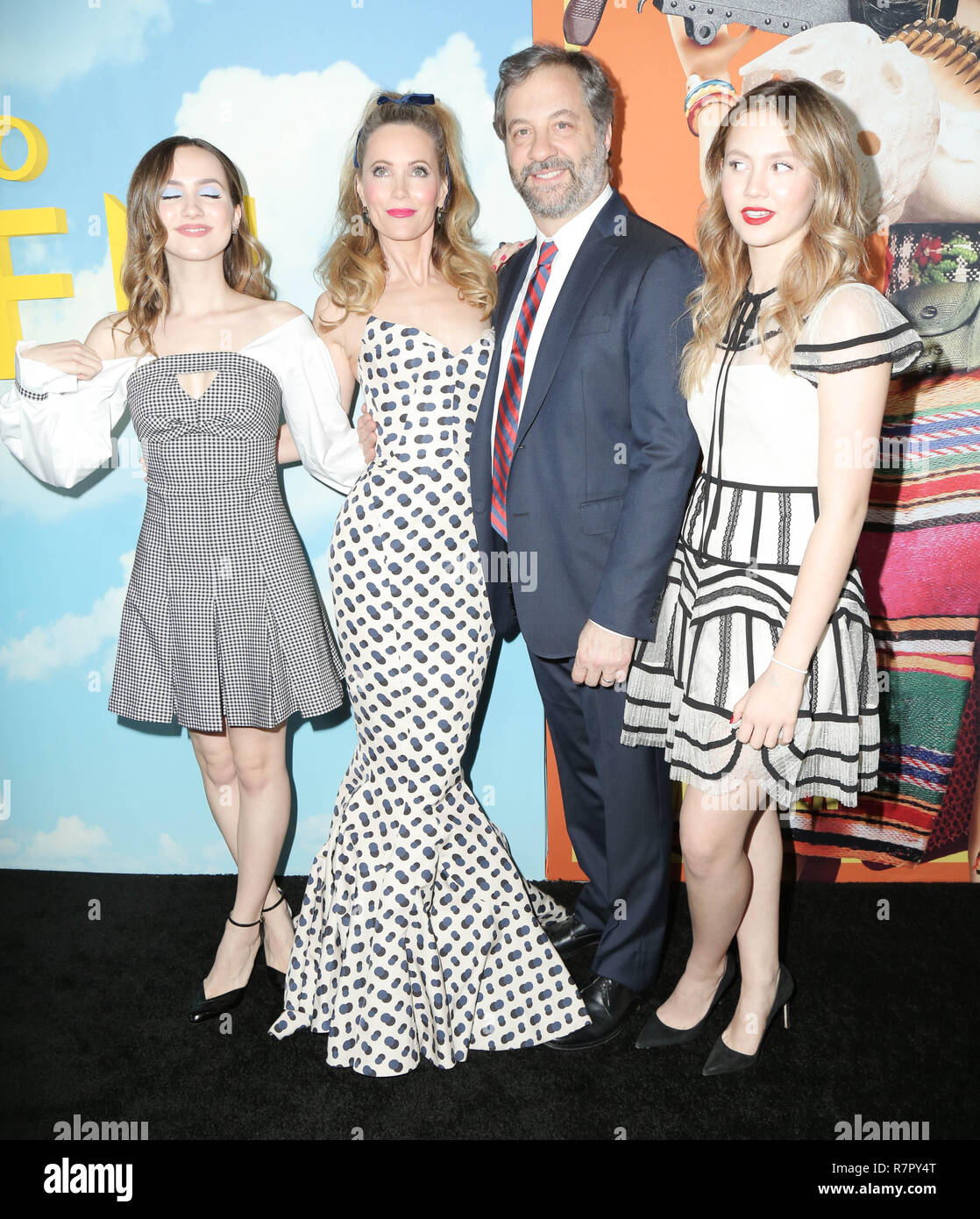 Los Angeles, USA. 10th Dec, 2018. 10 December 2018 - Hollywood, California - Leslie Mann, Judd Apatow, Maude Apatow, Iris Apatow. Universal Pictures And DreamWorks Pictures' Premiere Of ''Welcome To Marwen'' held at The Acrlight Hollywood. Photo Credit: PMA/AdMedia Credit: Pma/AdMedia/ZUMA Wire/Alamy Live News - Stock Image