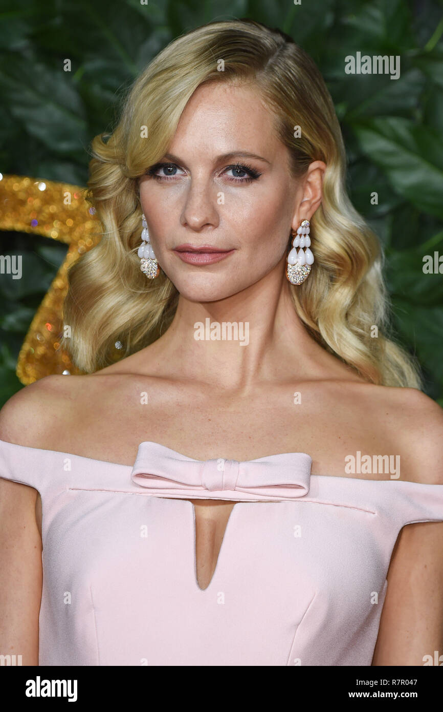 London, UK. 10th Dec 2018. Poppy Delevingne at The Fashion Awards 2018 at the Royal Albert Hall, London. Picture: Steve Vas/Featureflash Credit: Paul Smith/Alamy Live News - Stock Image