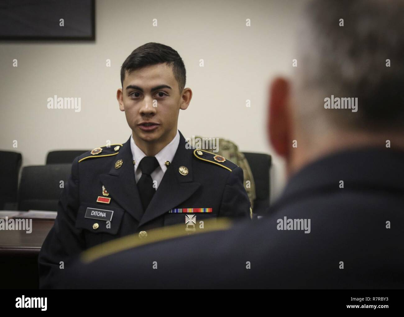 Army Reserve Spc Julian Ditona A Multi Channel Transmission Systems Operator Maintainer