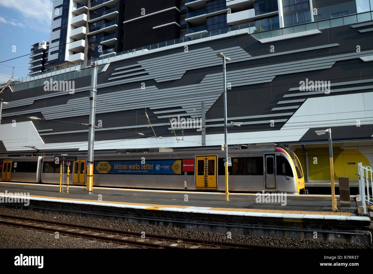 A Queensland Rail SMU train at Milton station, Brisbane, Queensland, Australia - Stock Image