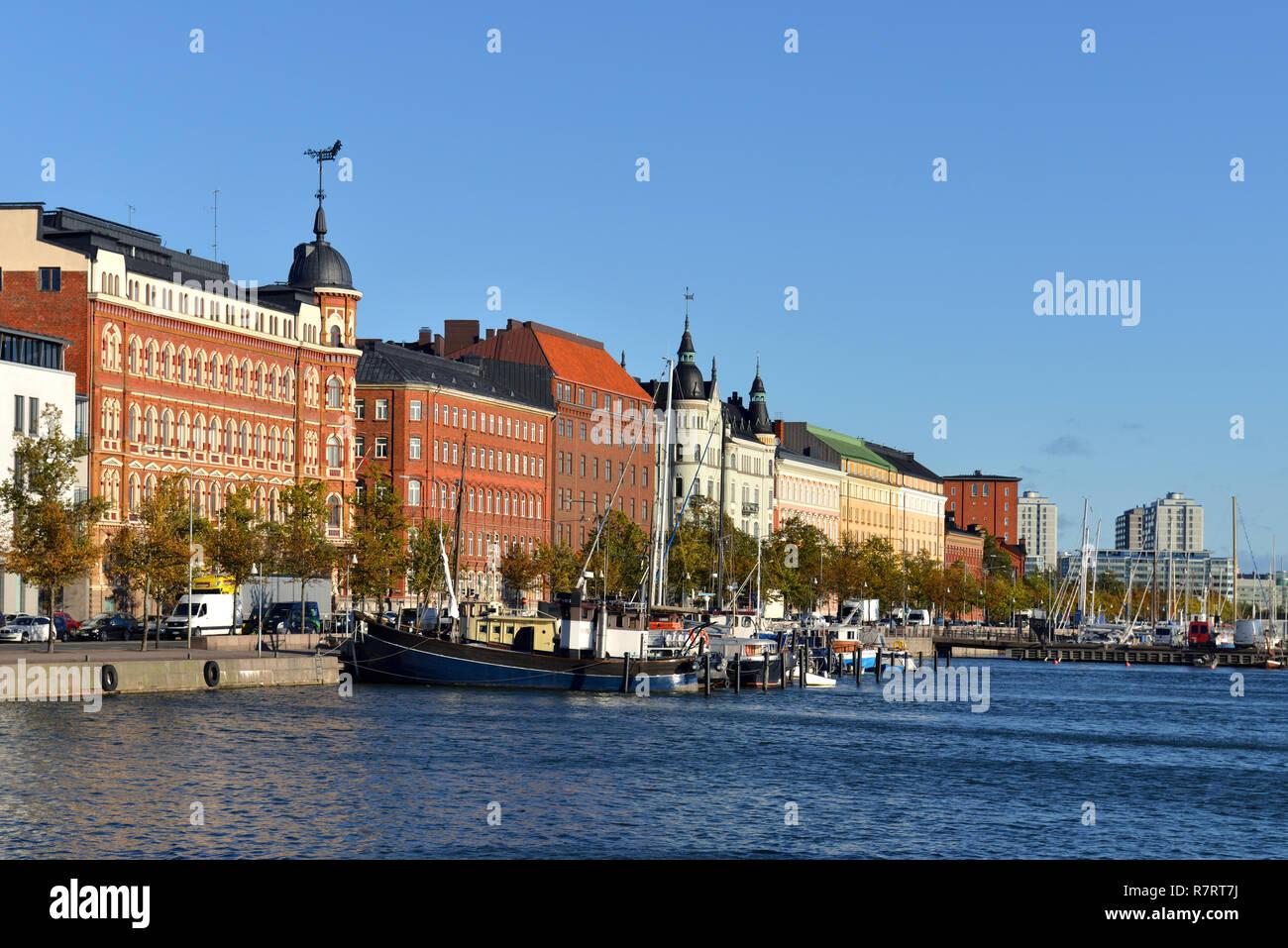 Pohjoisranta embankment and harbor with old yacht and ships. Katajanokka - Stock Image