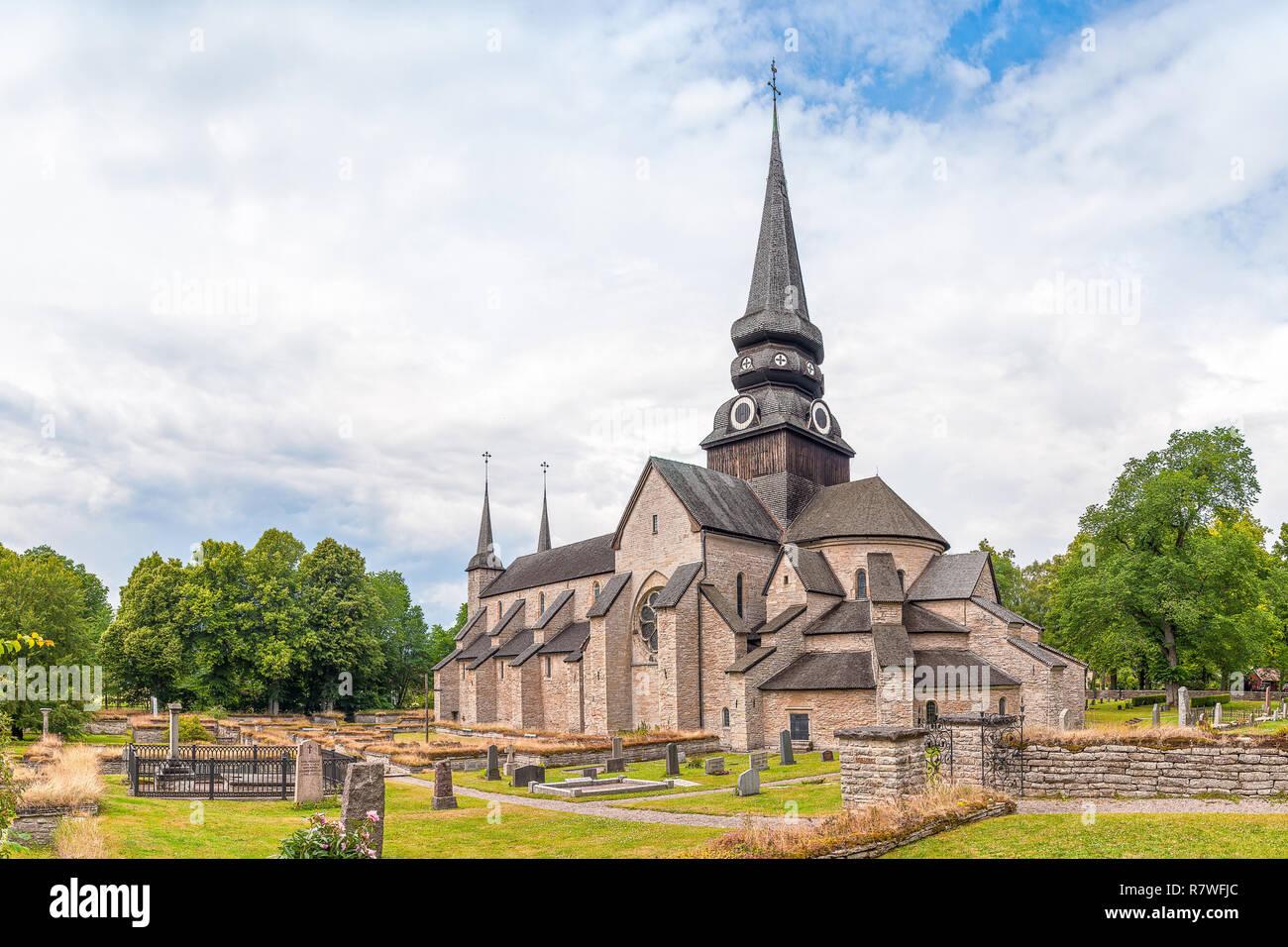 Varnhem Abbey - Svenska kyrkan Skara