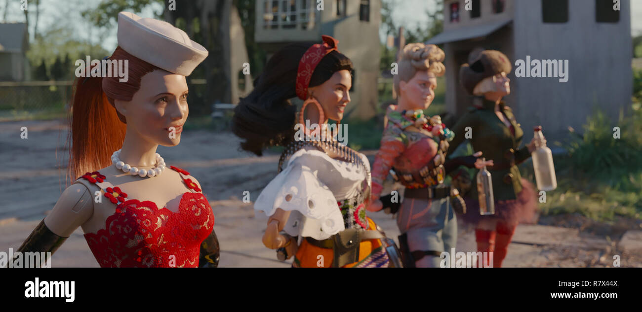 The dolls of the fictional town of Marwen (from left): Nicol (Leslie Mann), Carlala (Eiza Gonzalez), Roberta (Merritt Wever) and Anna (Gwendoline Christie)  in 'Welcome to Marwen,' directed by Robert Zemeckis.  Photo Credit: Universal Pictures and Storyteller Distribution Co., LLC. / The Hollywood Archive - Stock Image