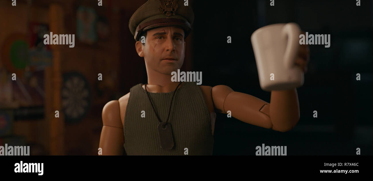 Cap'n Hogie (Steve Carell), the doll alter-ego for artist Mark Hogancamp (Carell), in 'Welcome to Marwen,' directed by Robert Zemeckis.  Photo Credit: Universal Pictures and Storyteller Distribution Co., LLC. / The Hollywood Archive - Stock Image