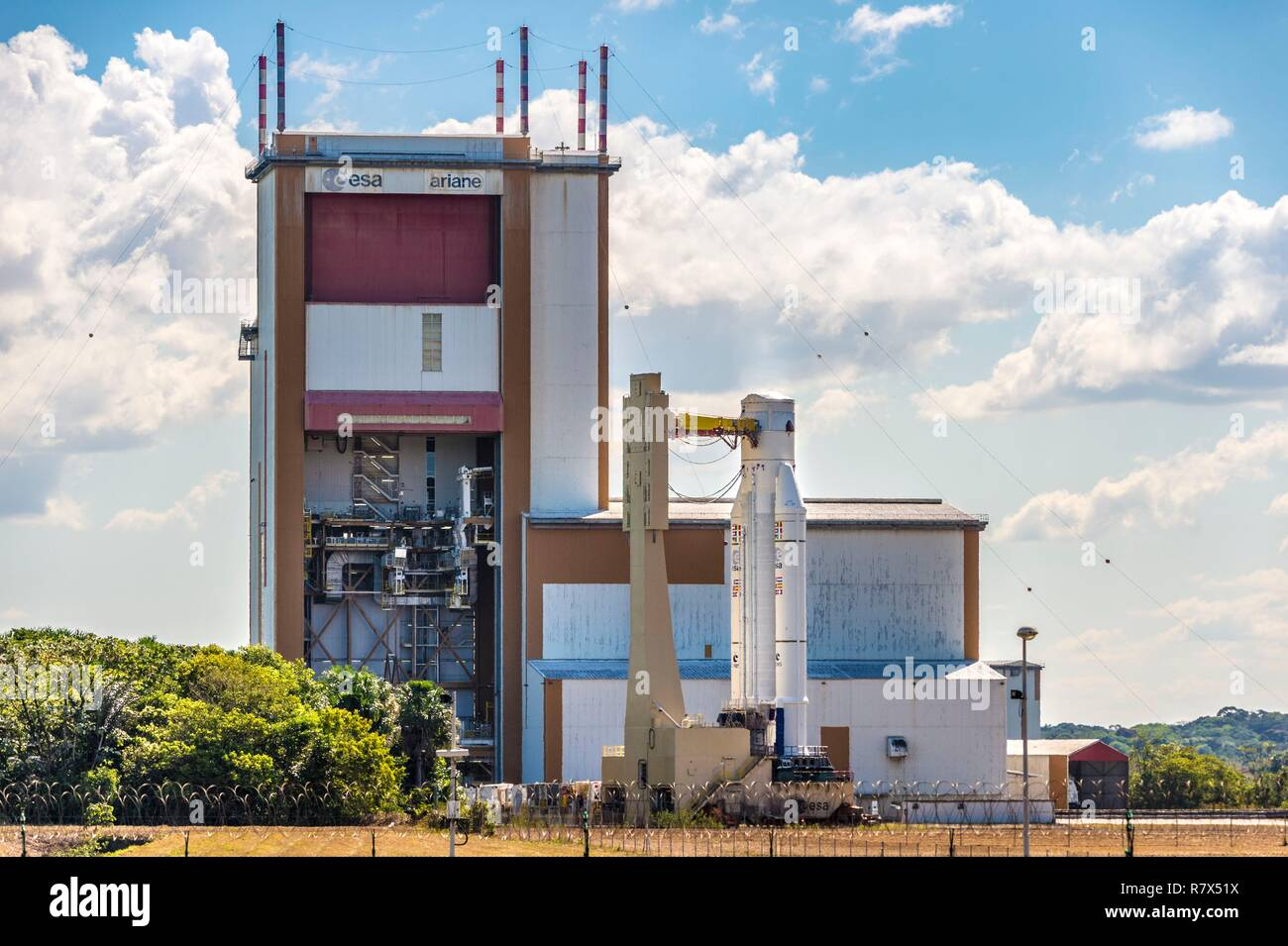 France, French Guiana, Kourou, Guiana Space Center (CSG), the Ariane V rocket is driven on rails to the Launcher Integration Building (BIL) - Stock Image