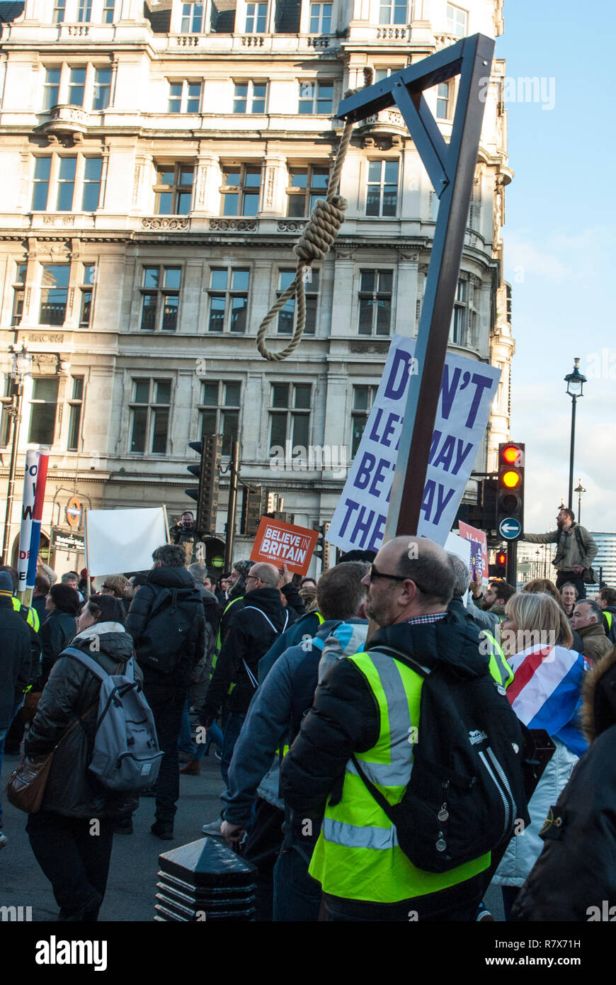 Pro Brexit national demonstration organised by UKIP as 'Brexit Betrayal'  with a hangmans noose being carried for 'traitor May' - Stock Image