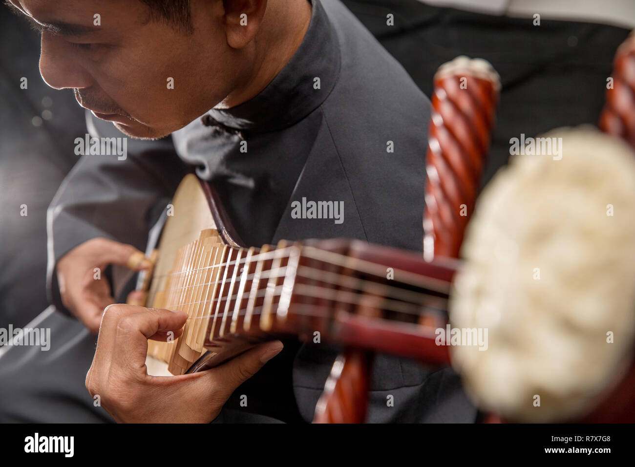 Male artists in the pipa - Stock Image
