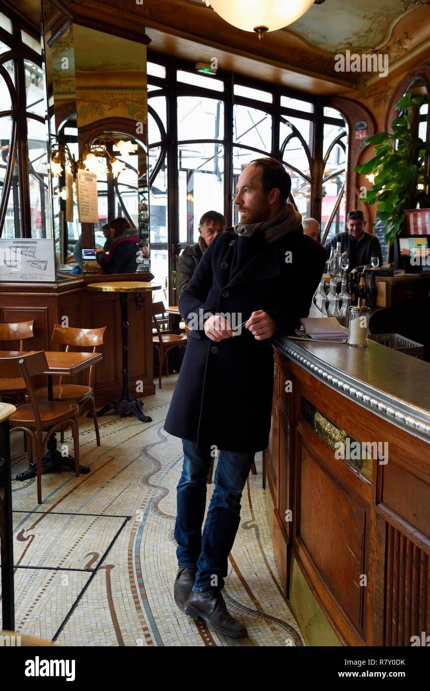 France, Paris, the Bistrot du Peintre avenue Ledru Rollin - Stock Image