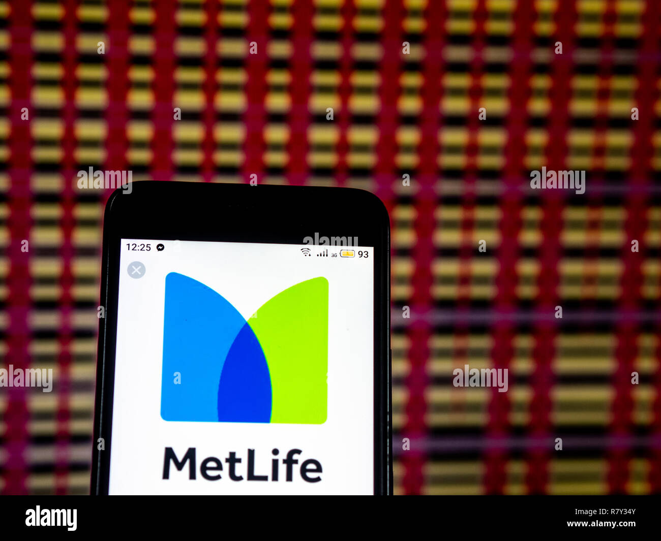 Metlife Life Insurance >> Metlife Life Insurance Company Logo Seen Displayed On Smart Phone