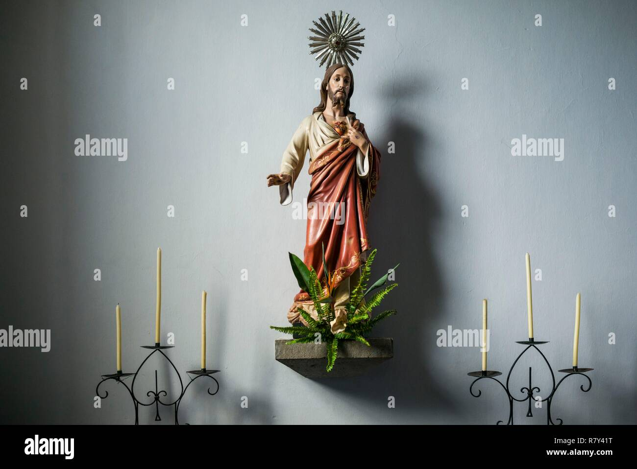 Portugal, Azores, Terceira Island, Sao Sebastiao, 15th century town church, statue of Jesus Christ - Stock Image