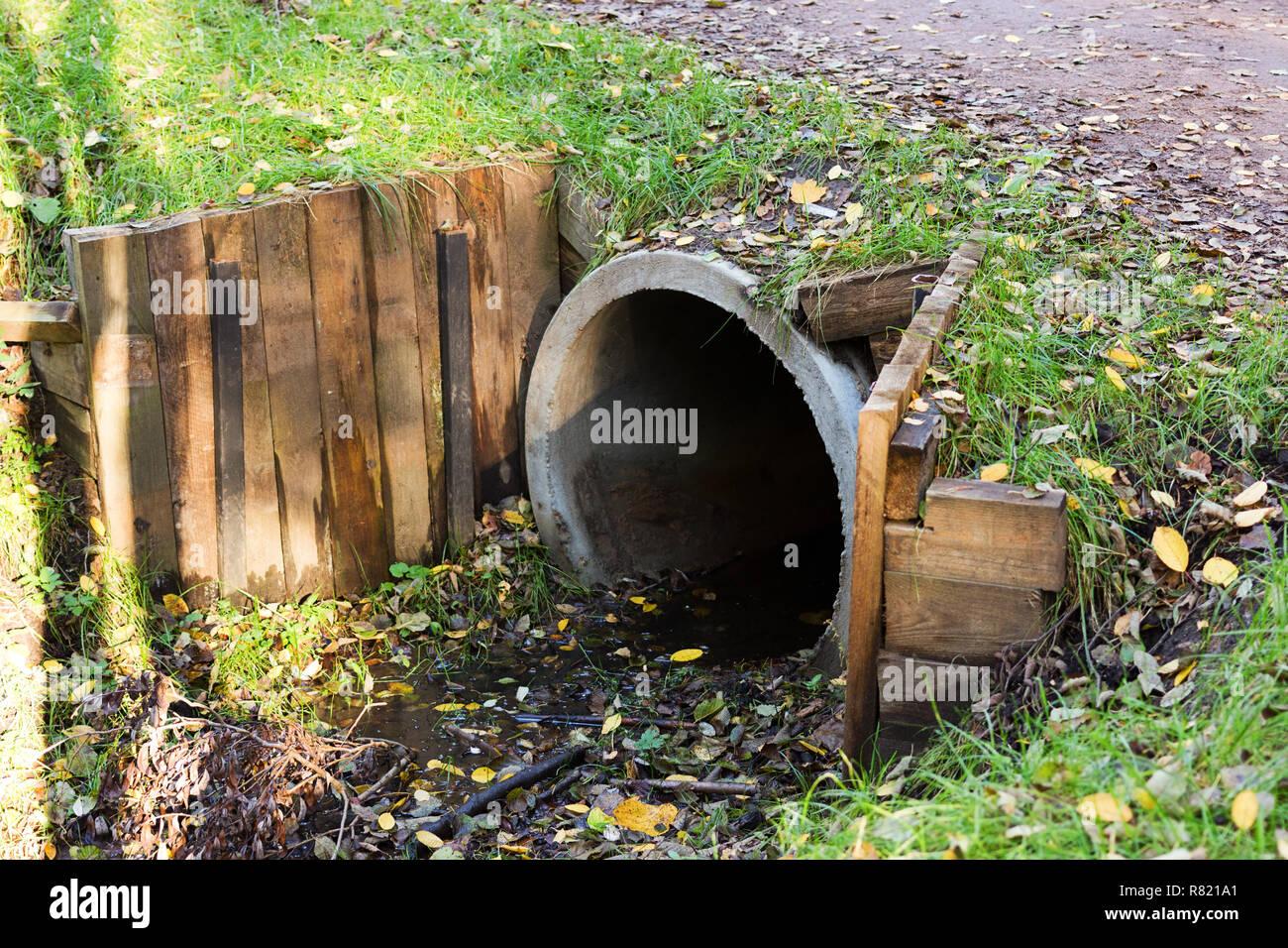 Culvert Pipe Stock Photos & Culvert Pipe Stock Images - Alamy