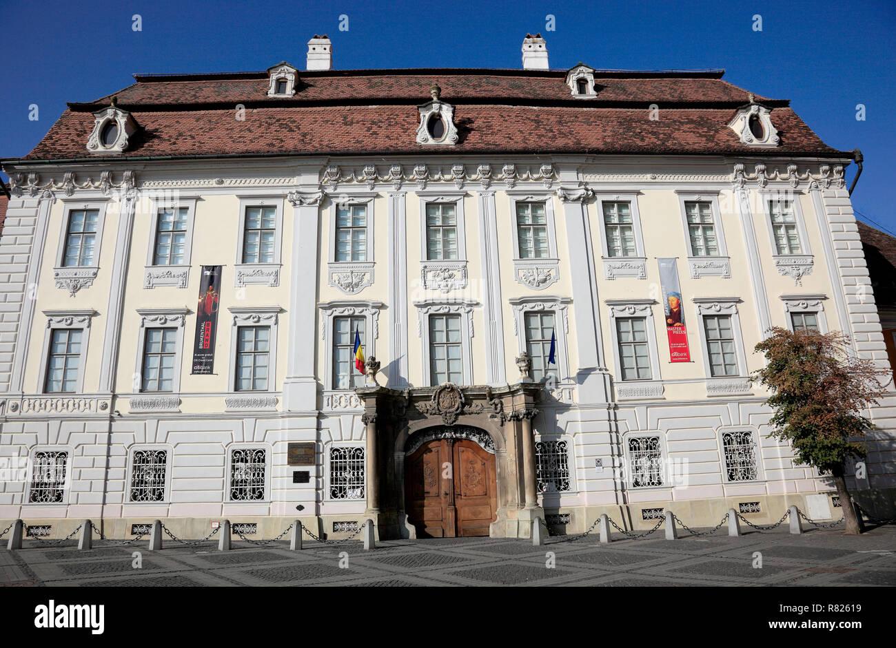Brukenthal Palace, Sibiu oder Hermannstadt, Siebenbürgen, Romania - Stock Image