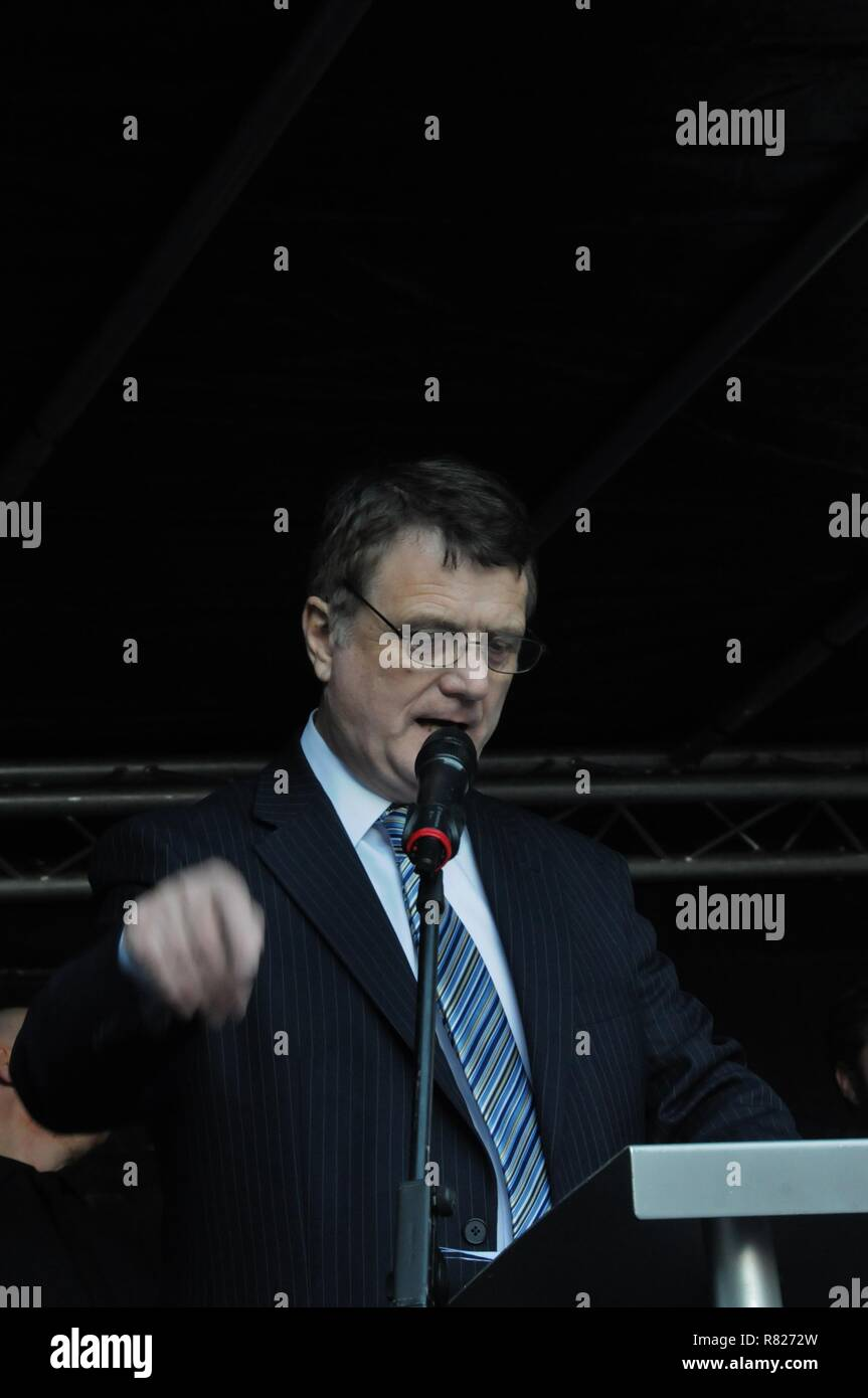 Ukip leader Gerard Batten addresses  leave voters, at Ukip's Brexit Means Exit rally in London. Stock Photo