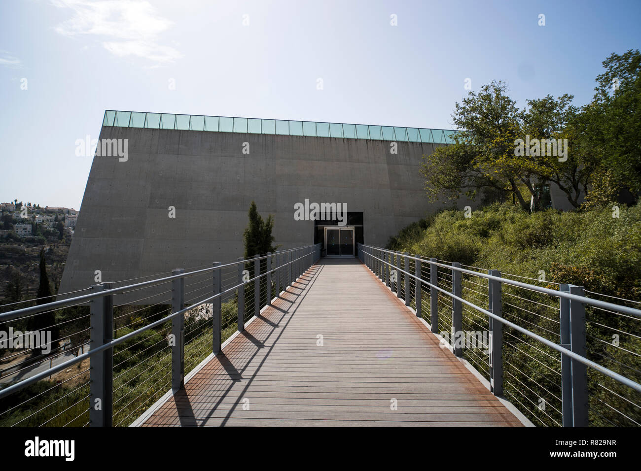 Yad Vashem. JERUSALEM, ISRAEL. 24 October 2018. Main entrance to the Yad Vashem, Israel's official memorial to the Jewish victims of the Holocaust, established in 1953 - Stock Image