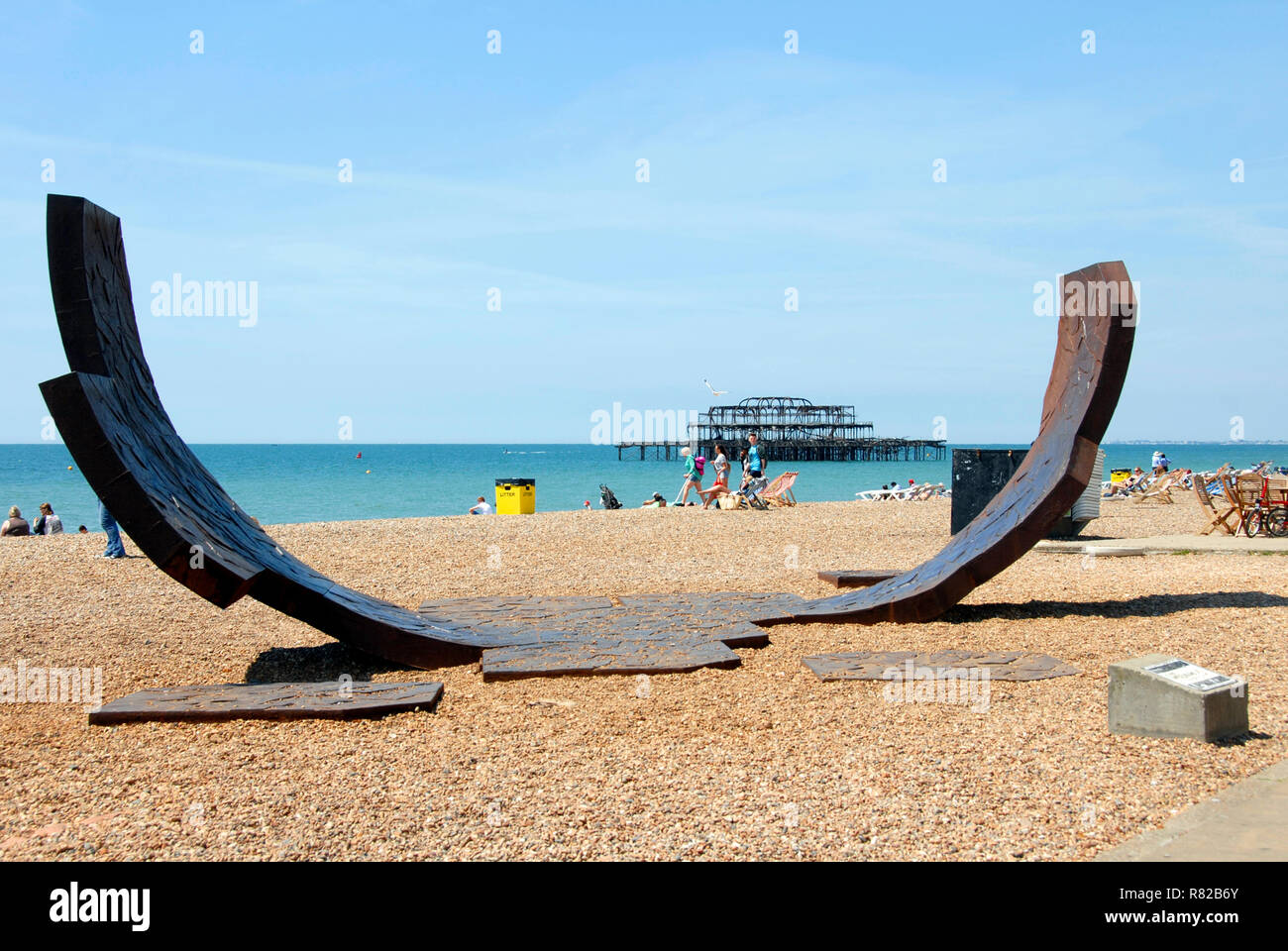 Passacaglia recycled cast iron sculpture on Brighton beach, East Sussex, England Stock Photo