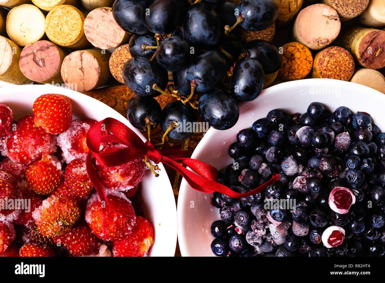 Strawberry Blueberry Grape On Wine Corks Antioxidants Resveratrol Flavonoids Rich Food Stock Photo Alamy