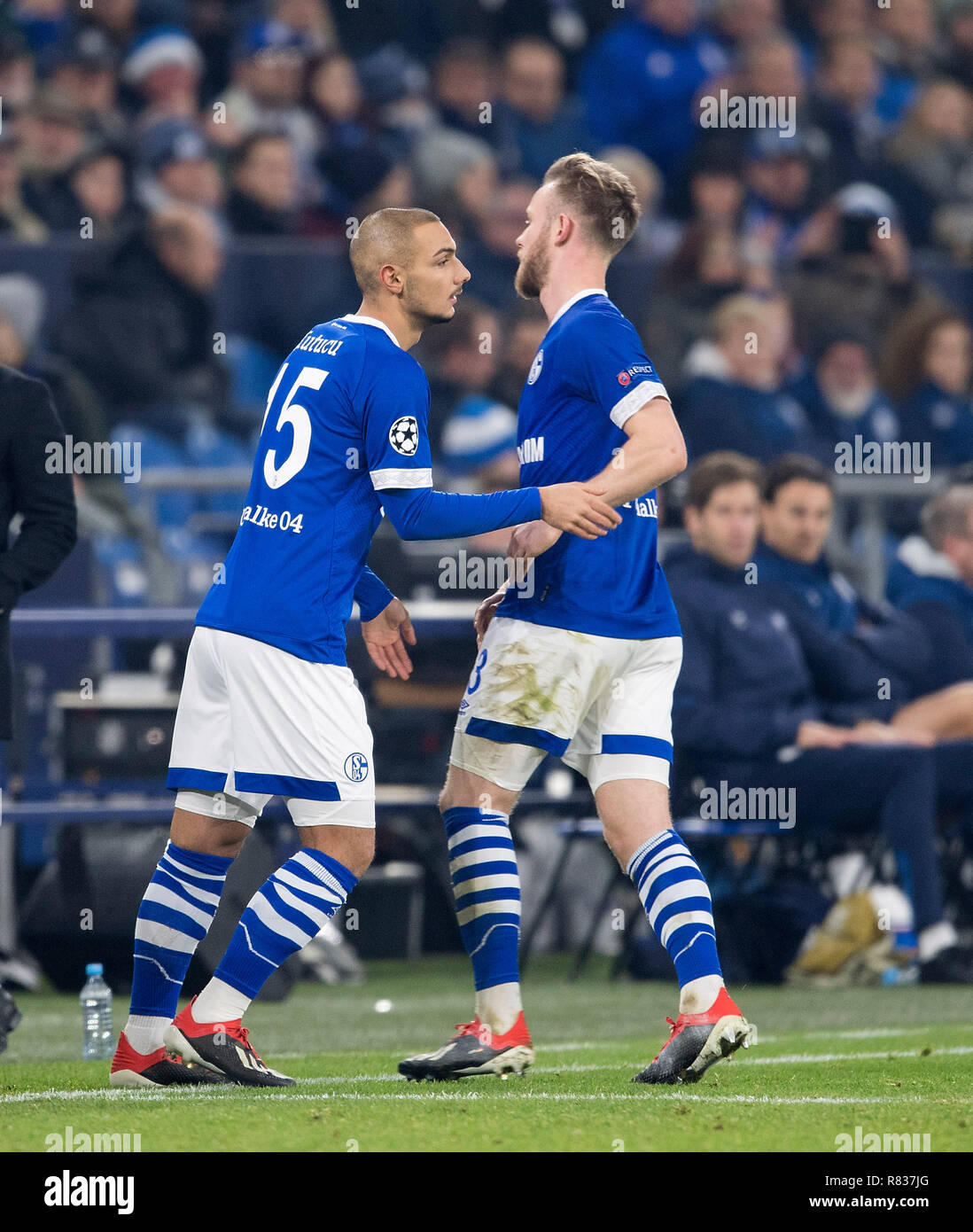 Gelsenkirchen, Deutschland. 11th Dec, 2018. Substitutions Ahmed KUTUCU (GE) will score for Cedric TEUCHERT (GE), Substitution, Football Champions League, Preliminary Round, 6th matchday, FC Schalke 04 (GE) - Lokomotiv Moscow (Lok), on 11.12.2018 in Gelsenkirchen/Germany. ## DFL regulations prohibit any use of photographs as image sequences and/or quasi-video ##   usage worldwide Credit: dpa/Alamy Live News - Stock Image