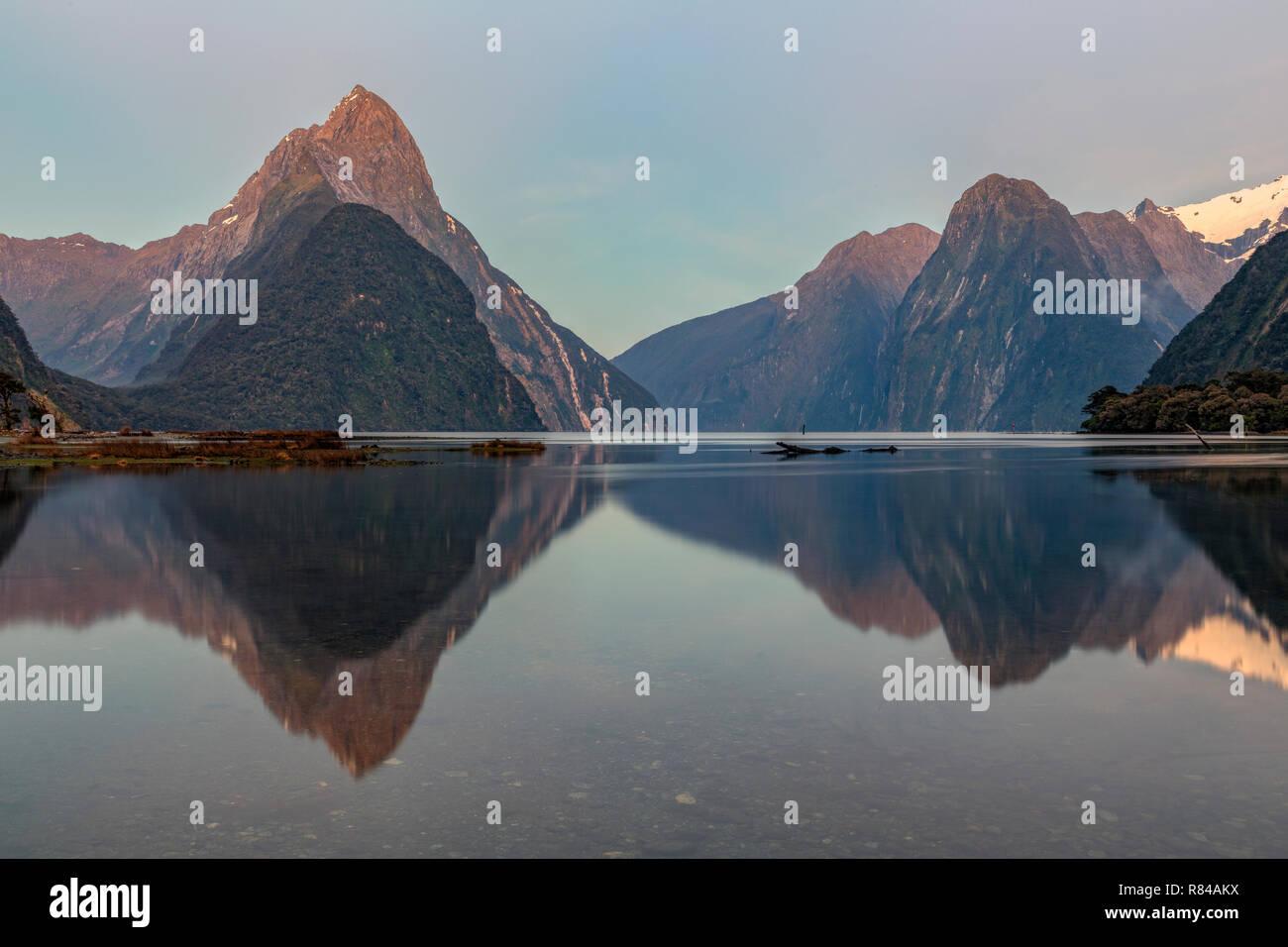 Milford Sound, South Island, Fiordland, New Zealand - Stock Image