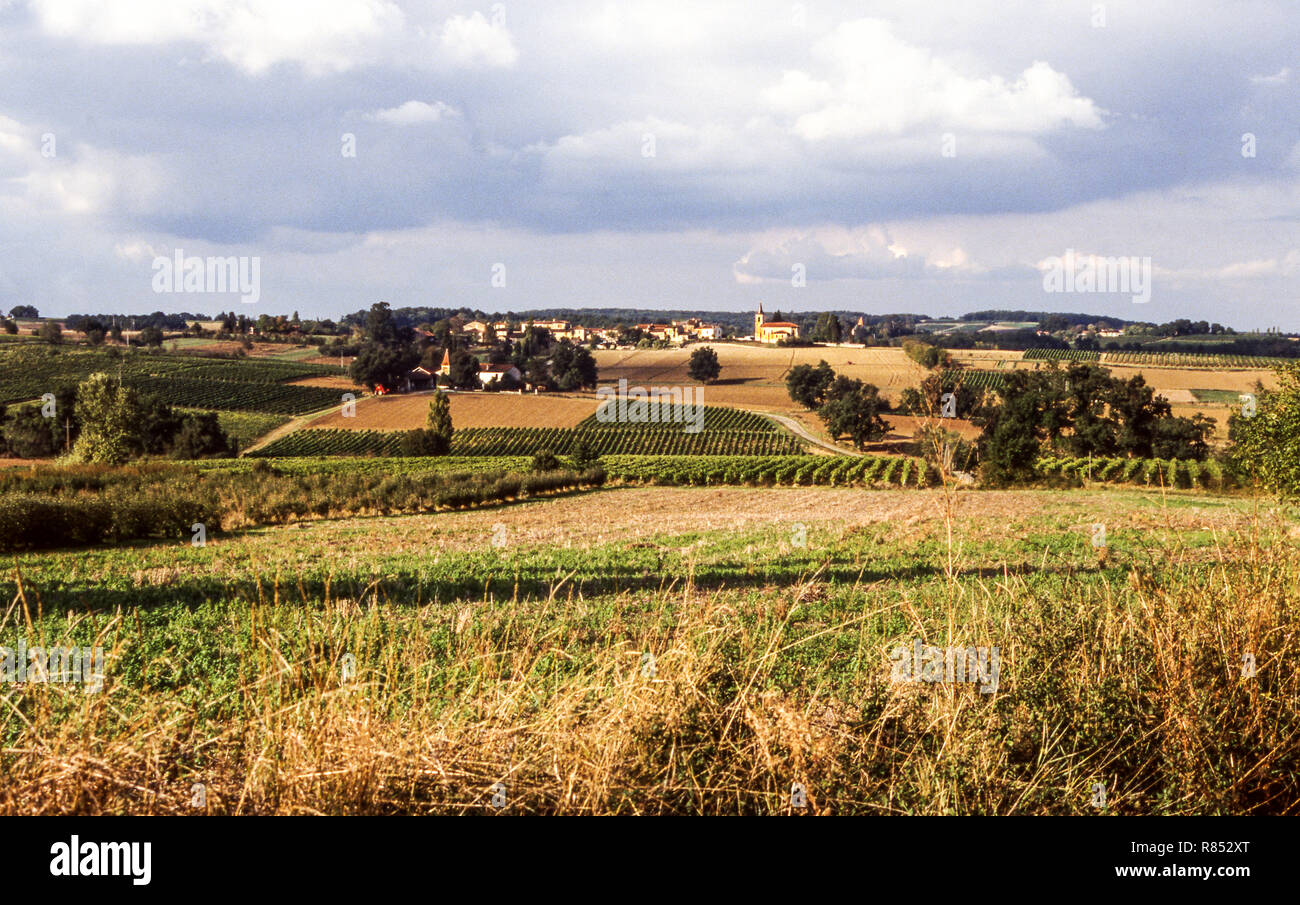 The countryside of northern Gers around the town of Condom.Southwest France. - Stock Image