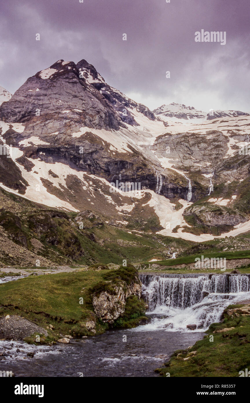 The Dept.Pyrenees-Atlantiques. Pic du Midi d 'Ossau (2884 m.from near the Col du Somport. - Stock Image