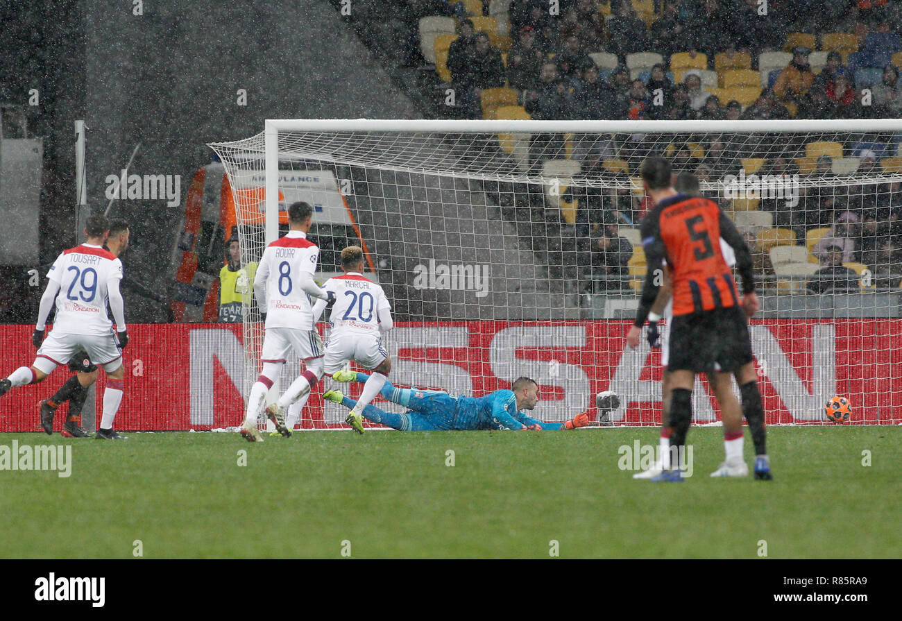 0d8b221d26 Júnior Moraes (L) of Shakhtar seen scoring a goal during the UEFA Champions  League