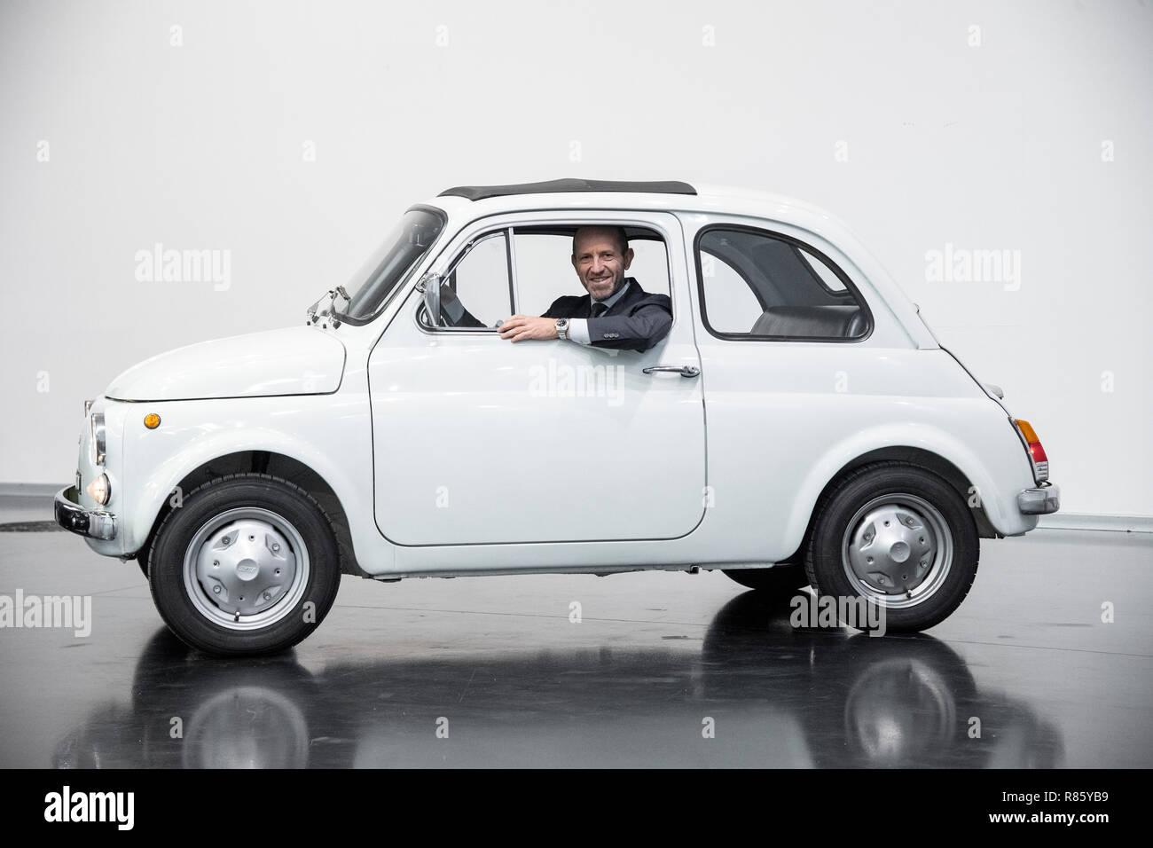Fiat 500 F Stock Photos Fiat 500 F Stock Images Alamy