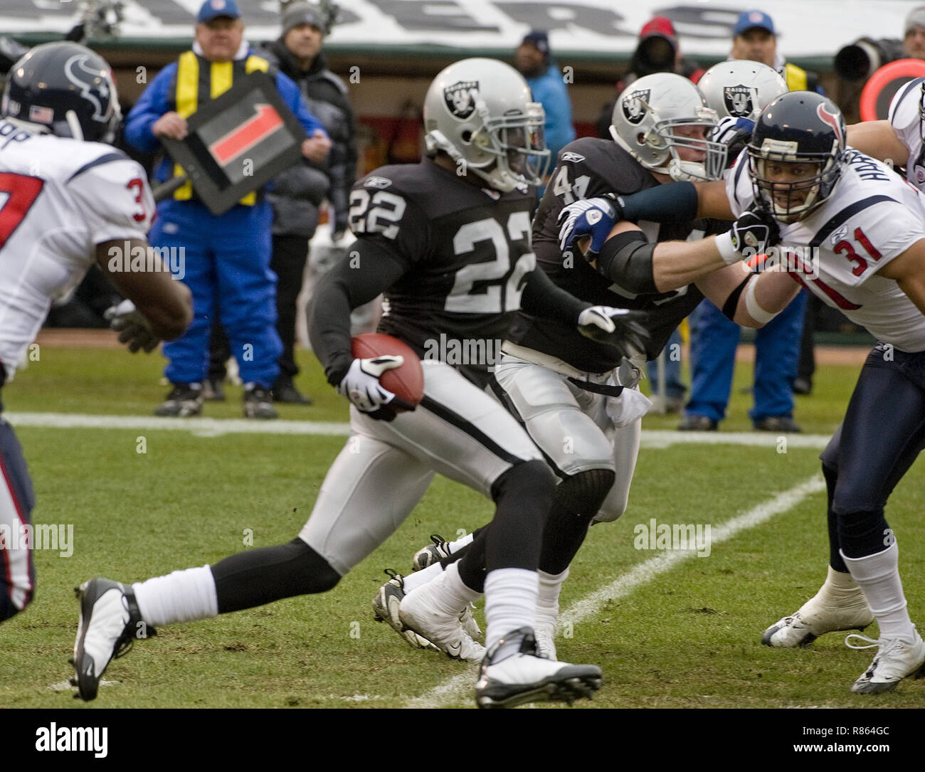 meet a6c86 66f50 21st Dec, 2008. Oakland Raiders cornerback Justin Miller