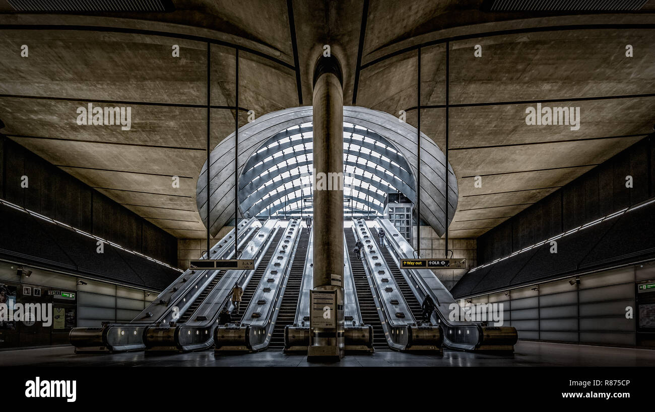 London Canary Wharf Underground Tube Station in the heart of the financial district of the city, designed by Foster and Partners - Stock Image