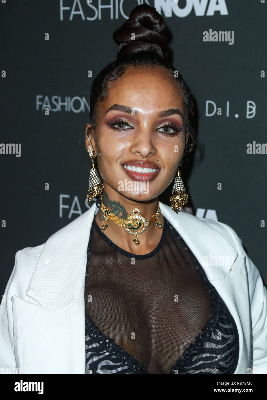 2019 LoLa Monroe nude (84 photo), Ass, Sideboobs, Twitter, butt 2019