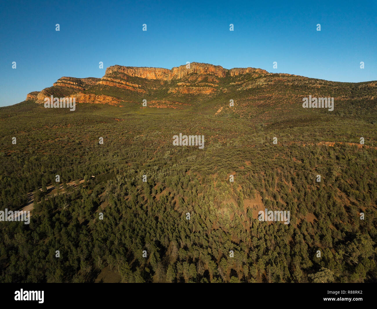 Aerial of Rawnsley Bluff, part of Wilpena Pound in Flinders Ranges. - Stock Image