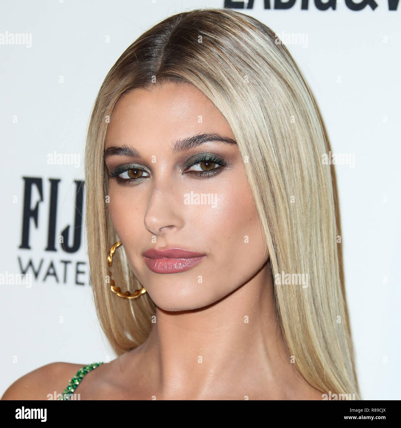 File Hailey Baldwin Reportedly Trademarks Married Name Hailey