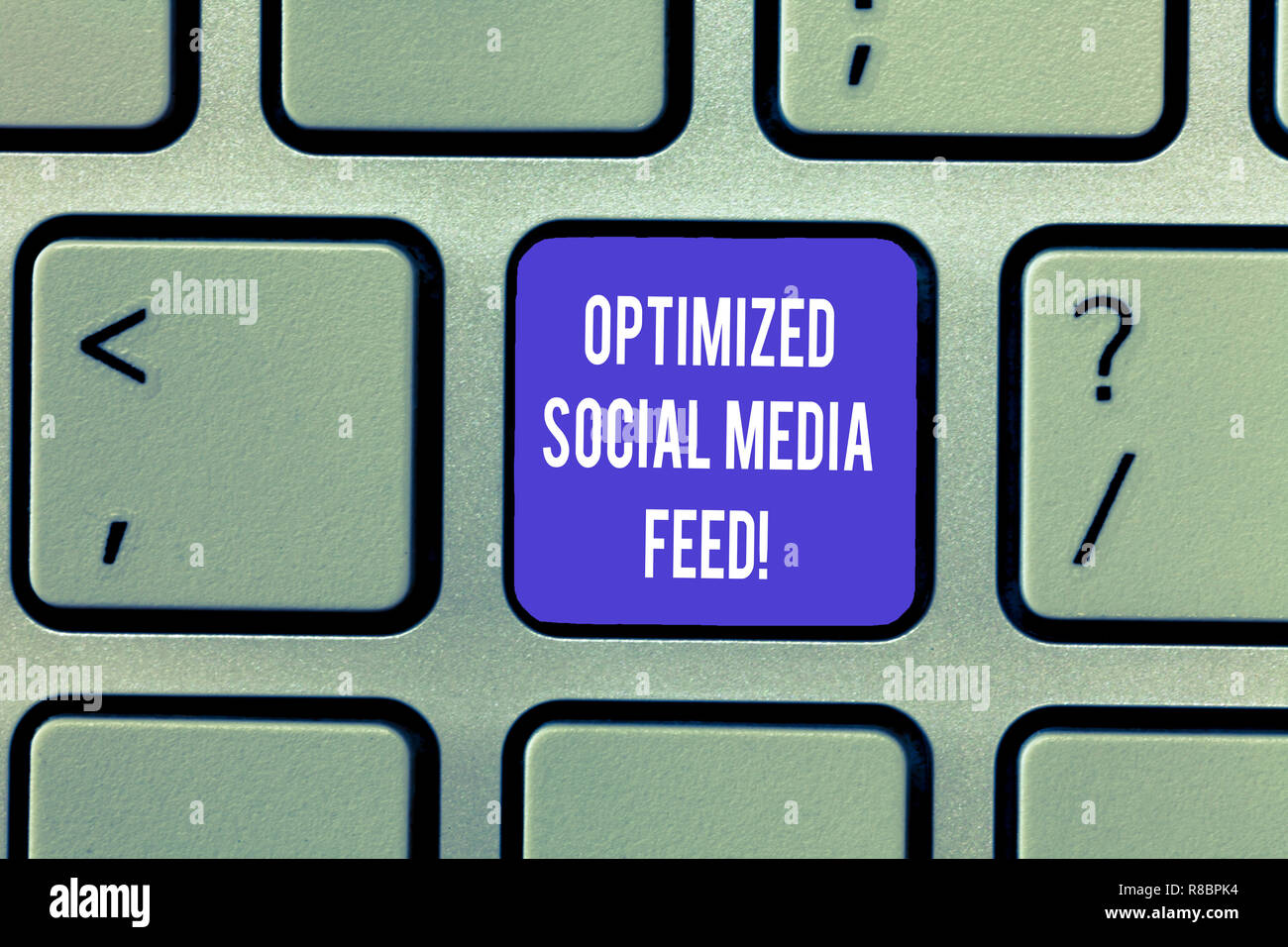 Writing note showing Optimized Social Media Feed. Business photo showcasing Search engine optimization digital feeds Keyboard Intention to create comp - Stock Image