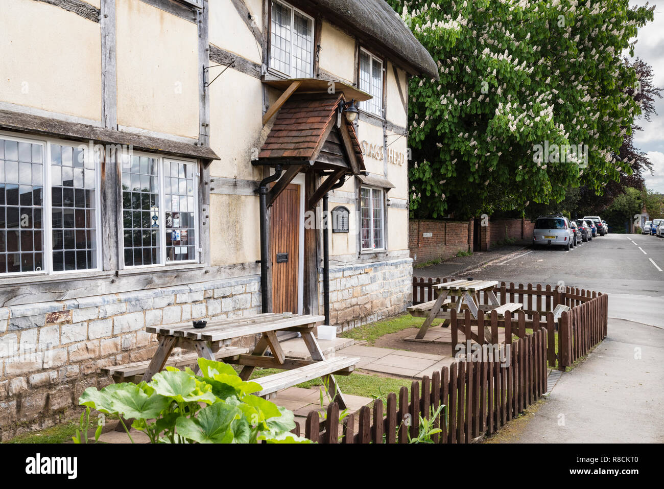 Oak Framed Building High Resolution Stock Photography And Images Alamy