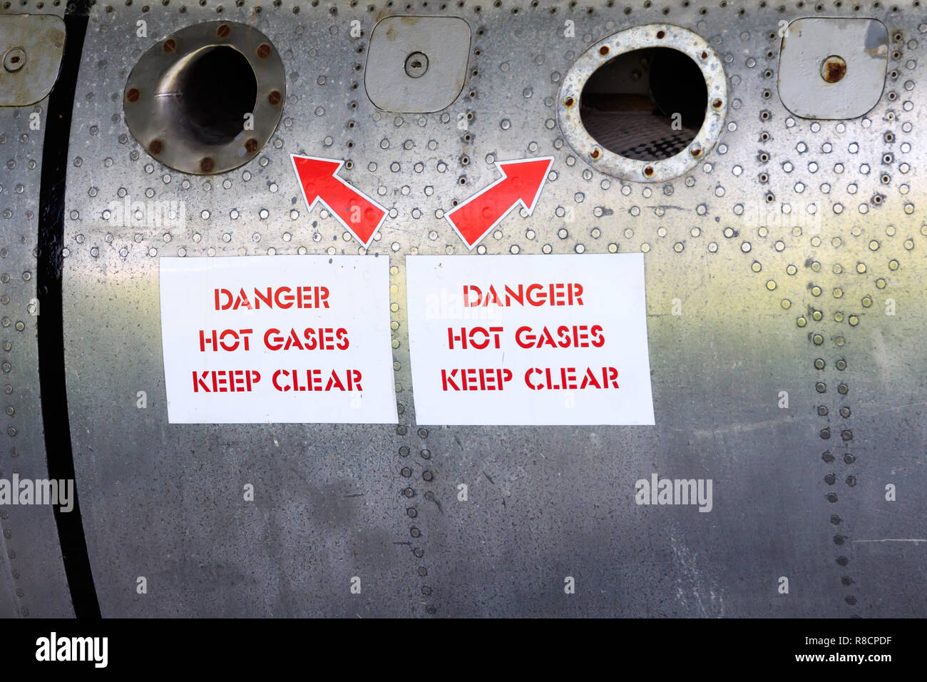 Jet Engine Exhaust Stock Photos & Jet Engine Exhaust Stock Images