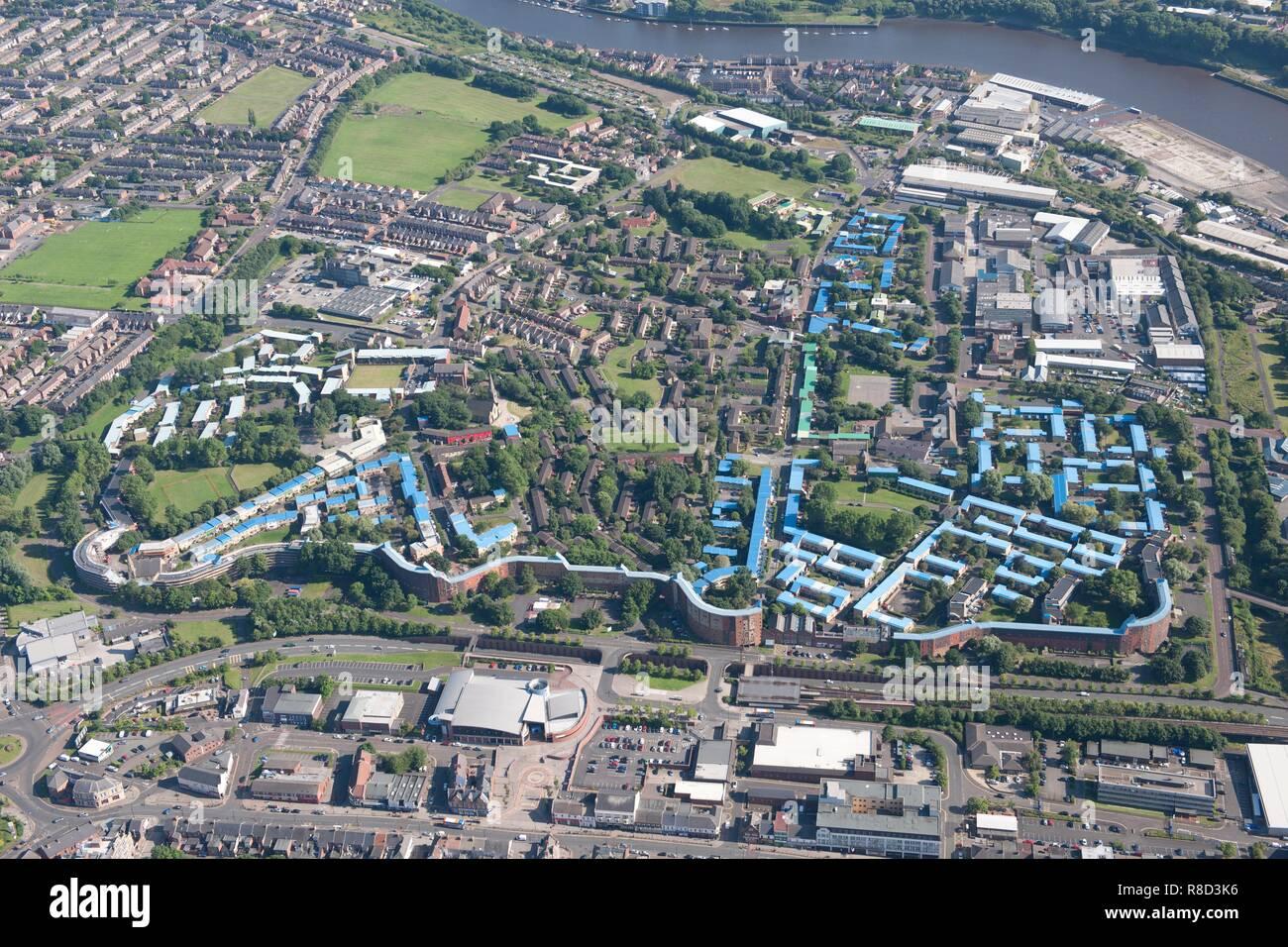 Byker Wall housing estate, Newcastle upon Tyne, 2015. - Stock Image