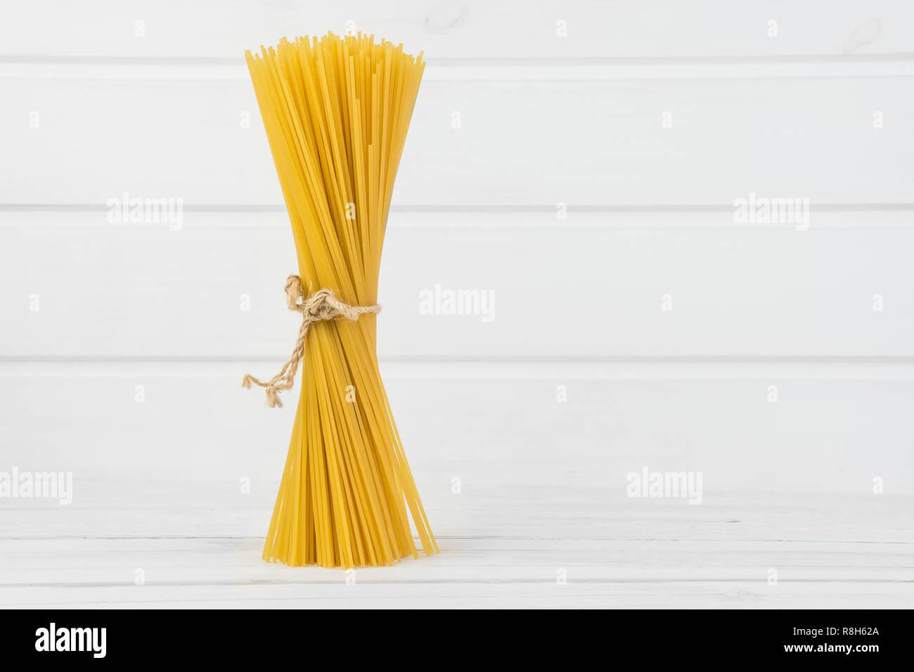 Bio Organic Fresh Delicious Italian Pasta Spaghetti Tide