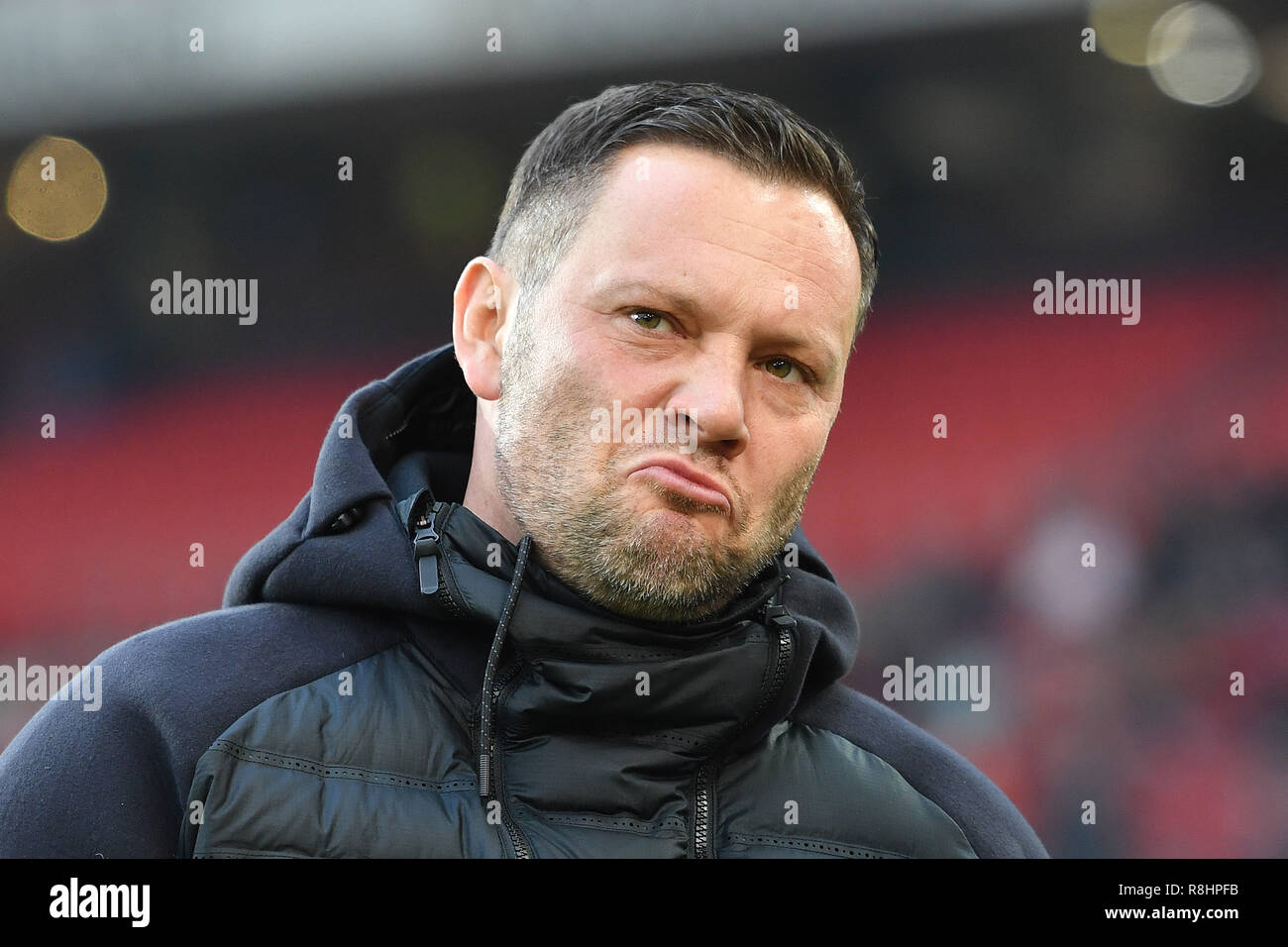 Stuttgart, Deutschland. 15th Dec, 2018. Pal DARDAI, coach (Hertha BSC), draws a pout, contrite, single image, single cut motif, portrait, portrait, portrait. Soccer 1. Bundesliga, 15.matchday, matchday15, VFB Stuttgart-Hertha BSC (B) 2-1, on 01/09/2018 in Stuttgart/Germany. MERCEDES BENZ ARENA. DFL REGULATIONS PROHIBIT ANY USE OF PHOTOGRAPH AS IMAGE SEQUENCES AND/OR QUASI VIDEO. | usage worldwide Credit: dpa/Alamy Live News - Stock Image
