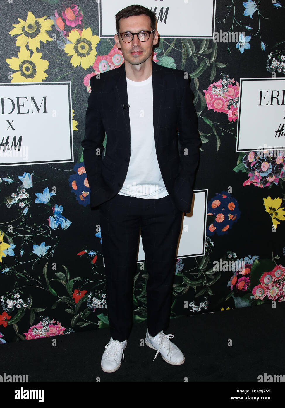 LOS ANGELES, CA, USA - OCTOBER 18: Erdem Moralioglu at the H&M x ERDEM Runway Show & Party held at The Ebell Club of Los Angeles on October 18, 2017 in Los Angeles, California, United States. (Photo by Xavier Collin/Image Press Agency) - Stock Image