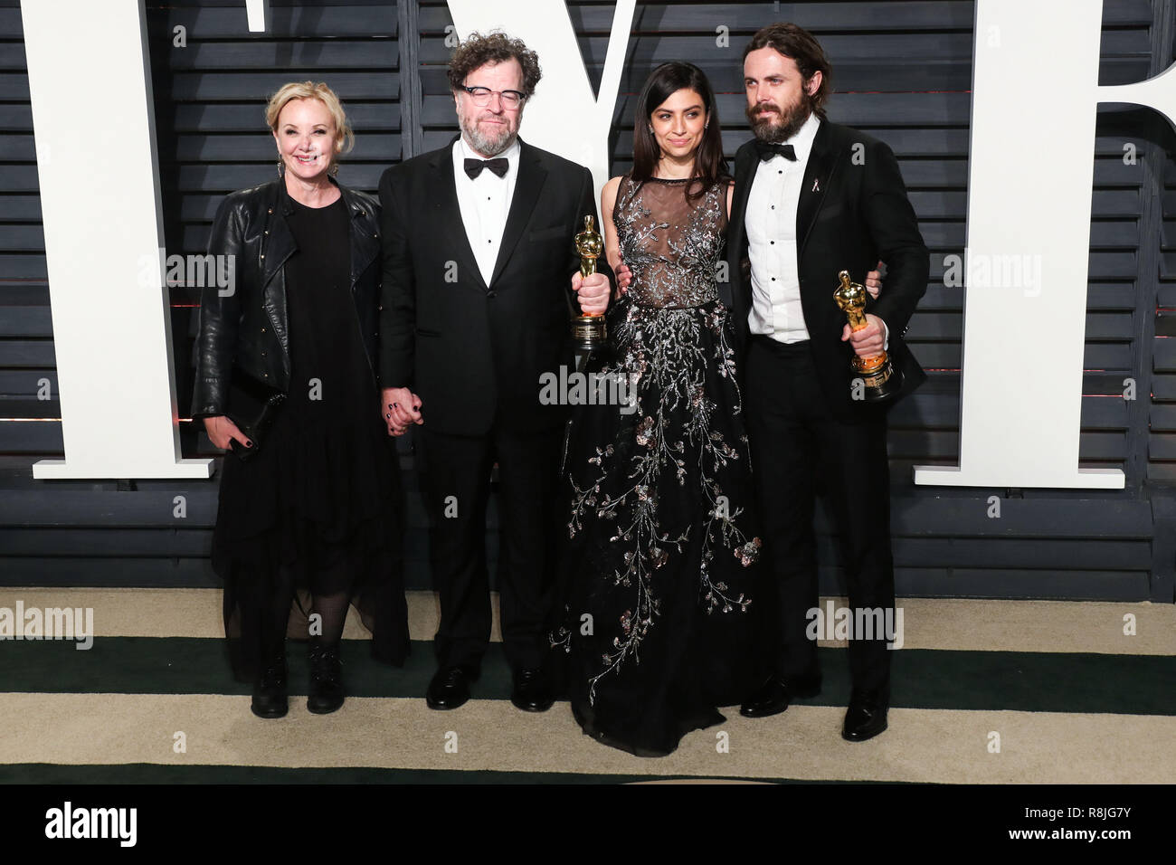 BEVERLY HILLS, LOS ANGELES, CA, USA - FEBRUARY 26: J. Smith-Cameron, Kenneth Lonergan, Floriana Lima, Casey Affleck arrives at the 2017 Vanity Fair Oscar Party held at the Wallis Annenberg Center for the Performing Arts on February 26, 2017 in Beverly Hills, Los Angeles, California, United States. (Photo by Xavier Collin/Image Press Agency) - Stock Image