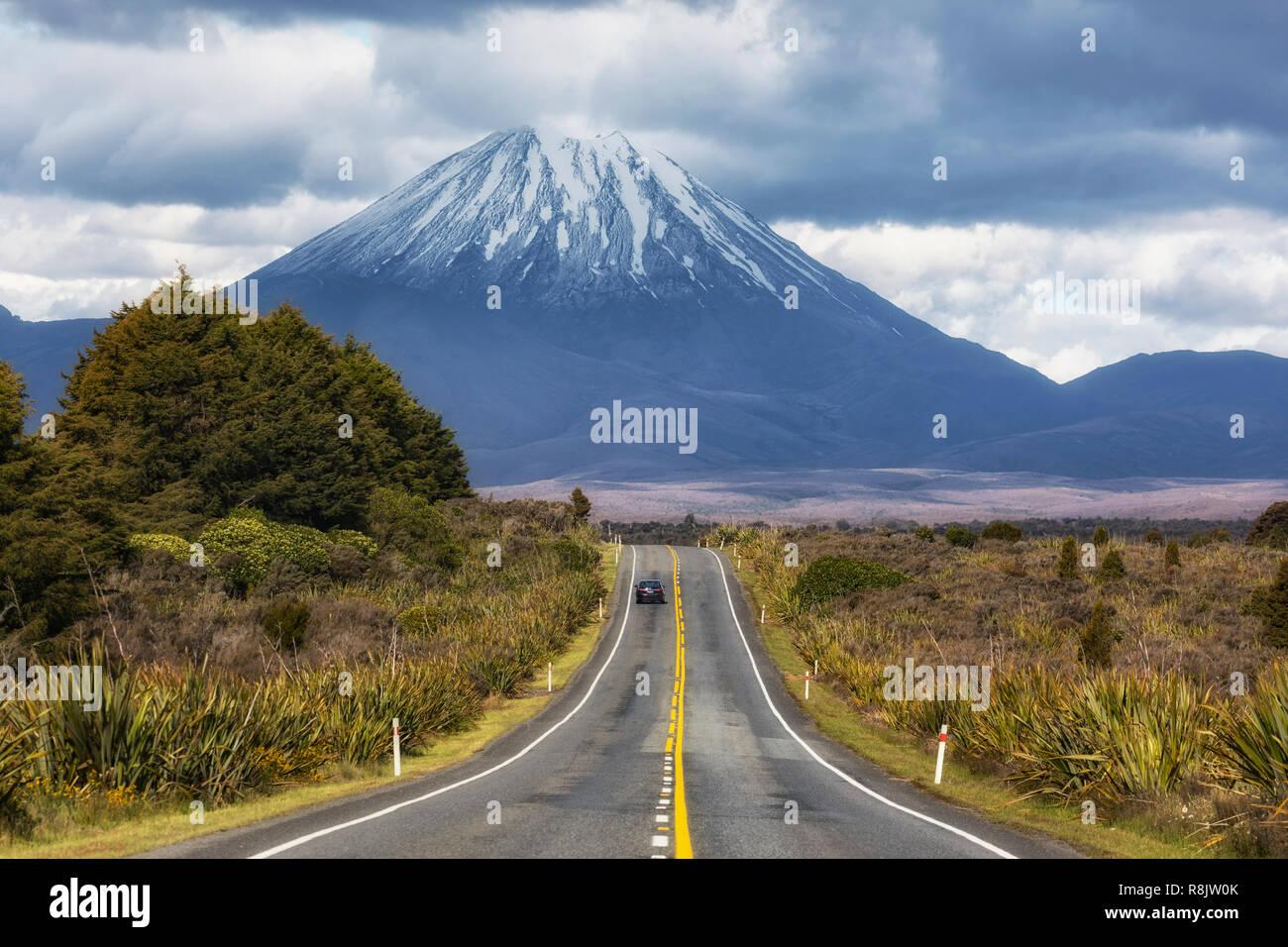 Mount Ngauruhoe, Tongariro National Park, North Island, New Zealand - Stock Image